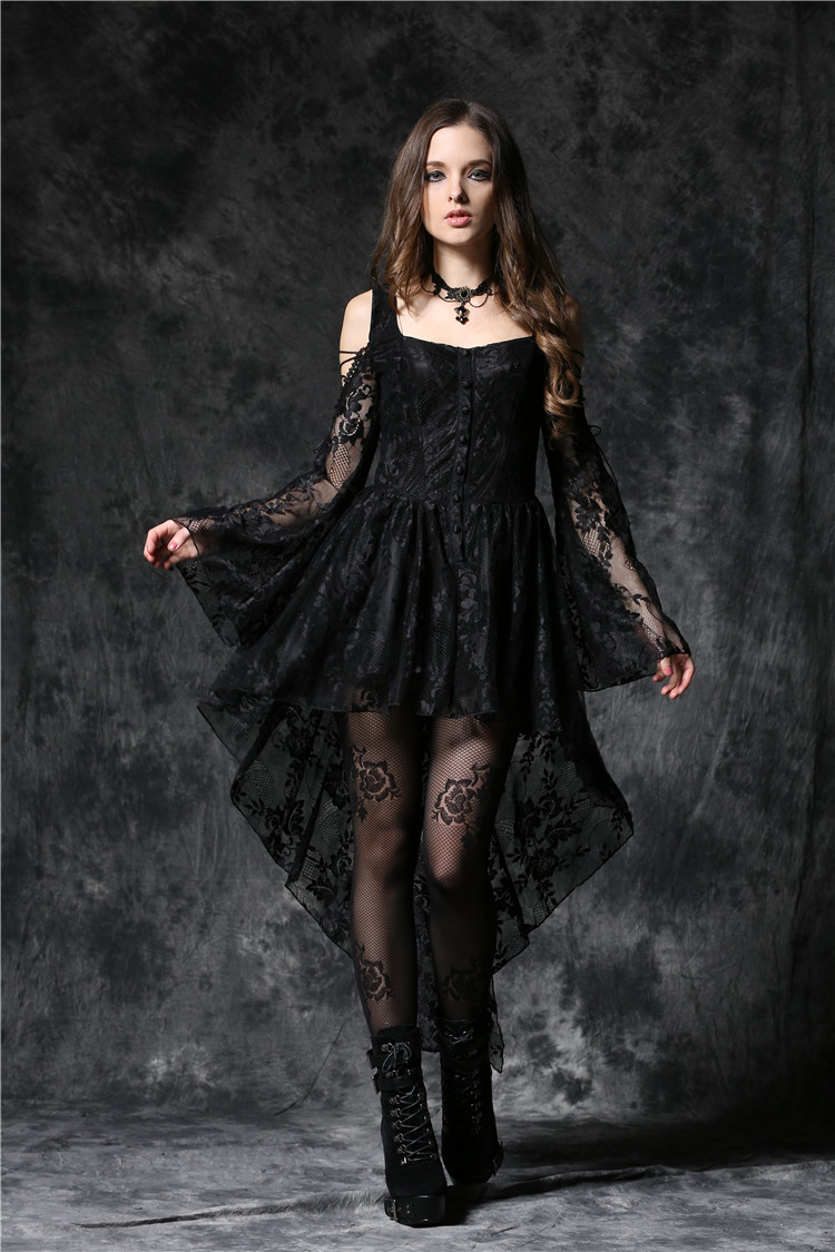 Robe noire epaule dentelle