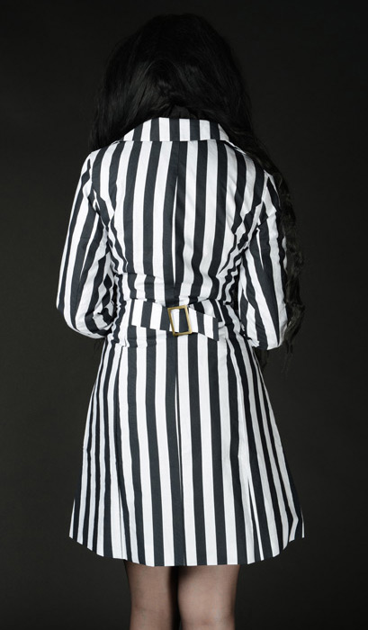 96ea86019 Veste trendy rayée noire et blanche, nugoth gothique ou pirate Référence :  DRACL0009