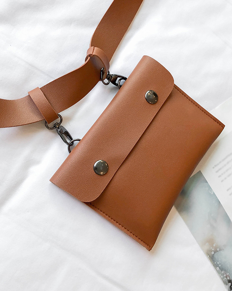 Pochette en bandoulière ou ceinture taille haute, imitation cuir marron,  médiéval casual 9b397e4cf12