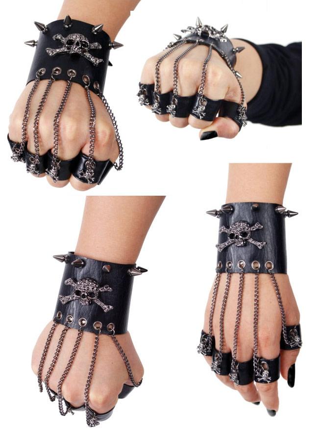 Bracelet punk gothique avec bague et chaine S,114