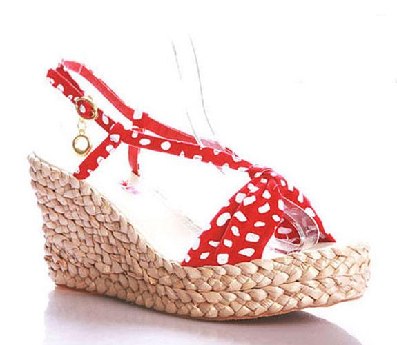 chaussures pin up rouge avec semelle style paille japan attitude chauss004. Black Bedroom Furniture Sets. Home Design Ideas