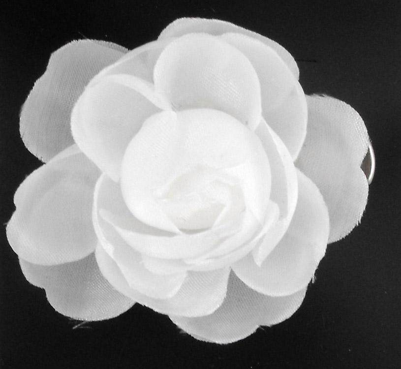 Pince Petite Fleur Blanche Japan Attitude Accpin163