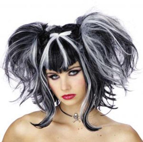 Perruque noire et blanche avec couettes,