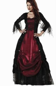 Longue robe rouge et noire de femme vampire