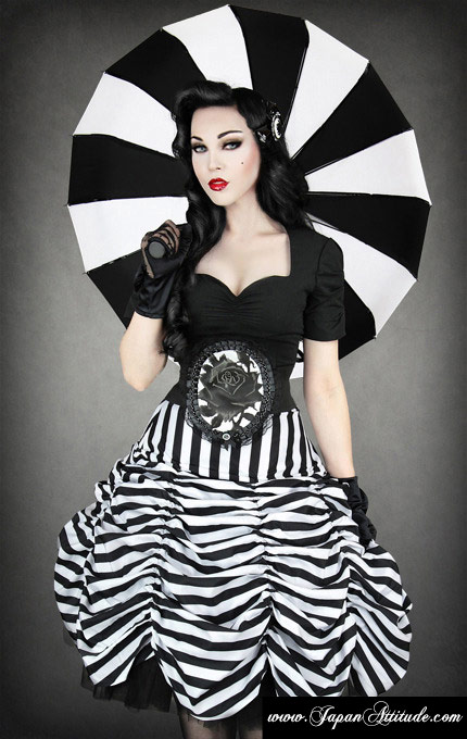 pin up gothique