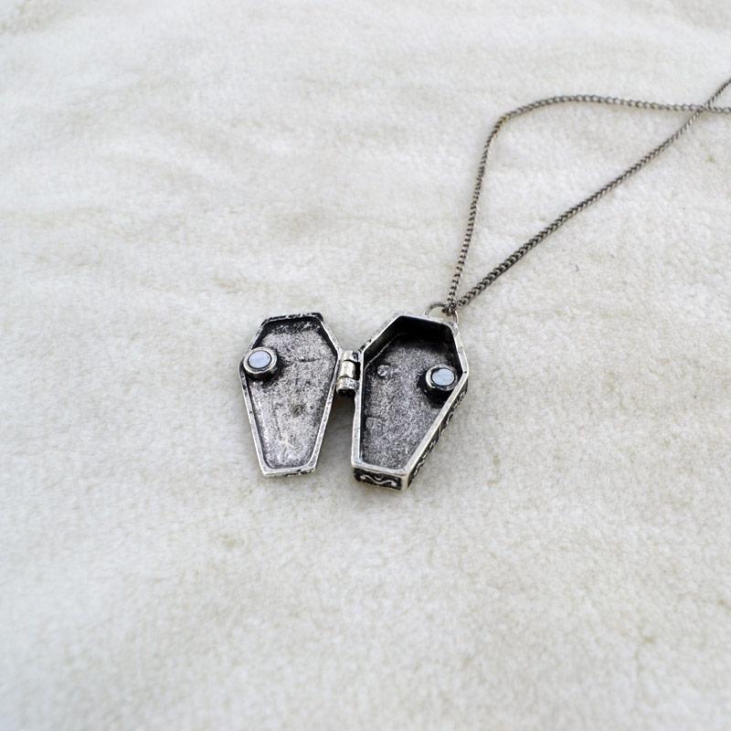 Secret Couleur Avec Pendentif Argent Collier RéférenceAccpen168 Vampire Cercueil Compartiment HYeWED92I