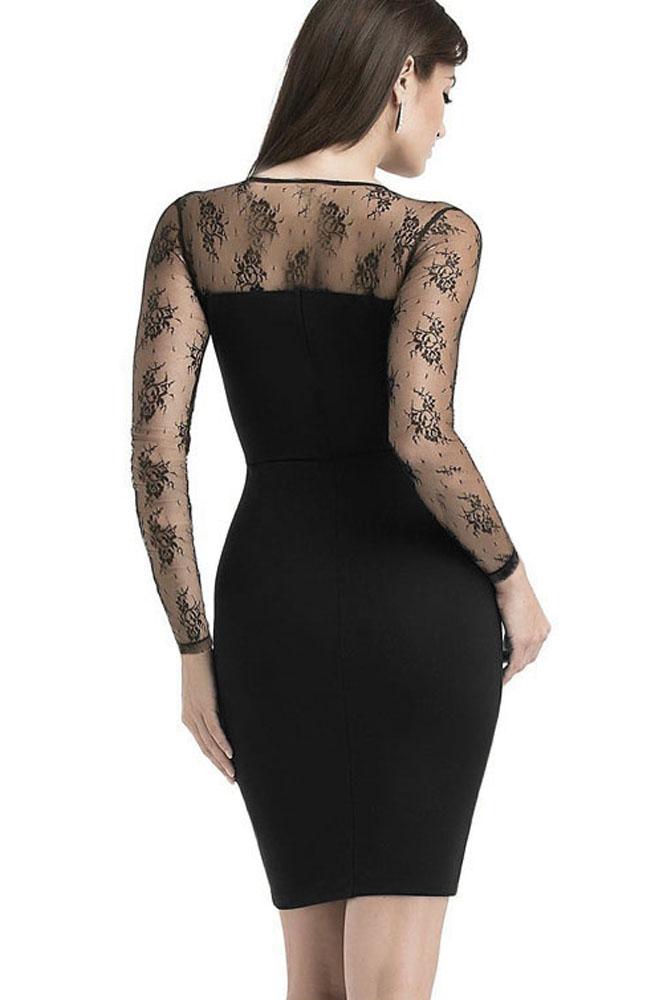 d93f1fa981f01e Robe noire moulante sexy chic gothique haut en résille décolleté plongeant  Référence : VETROB155