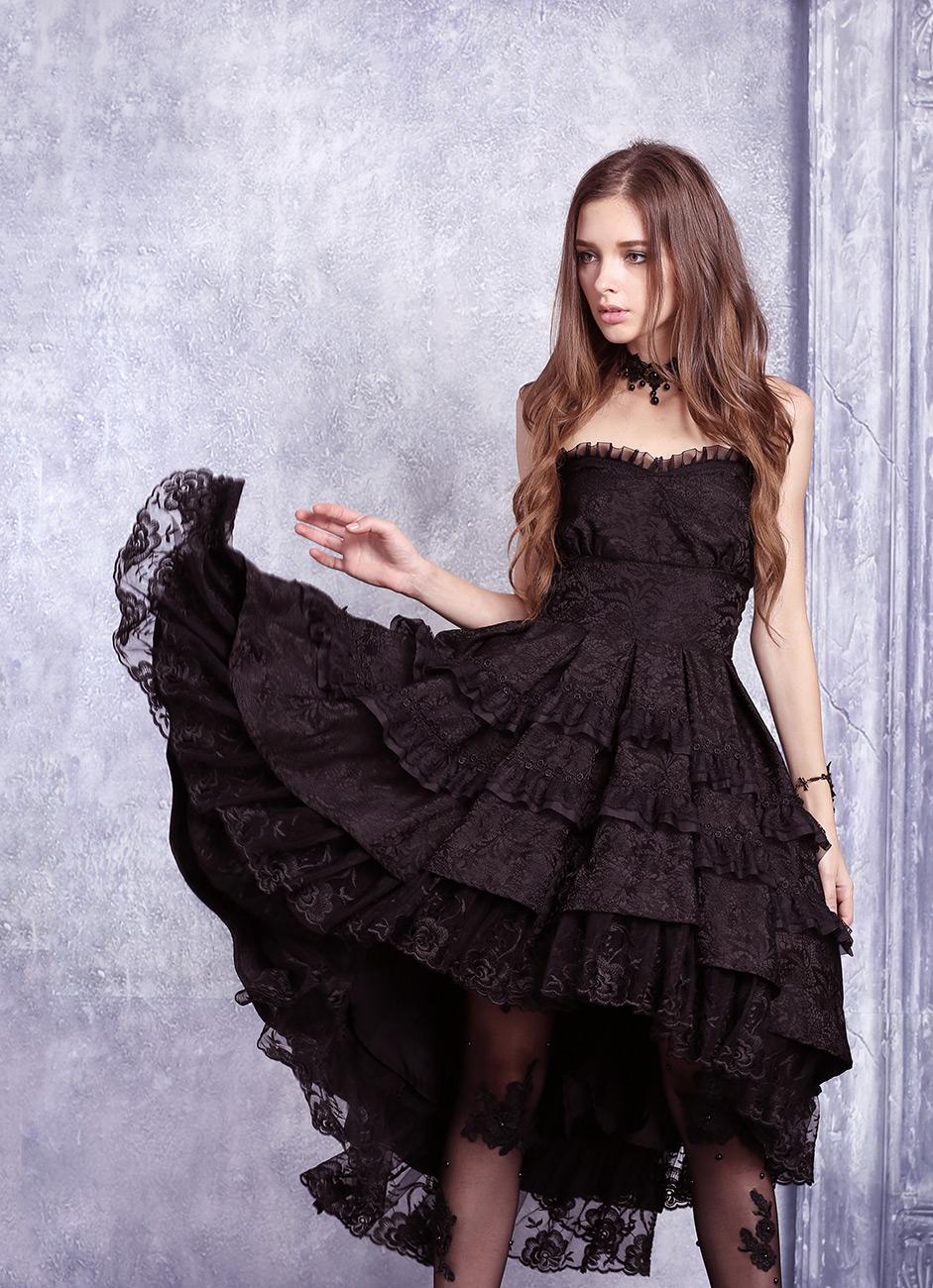 fd779d25ef7 Robe bustier noire mi longue bouffante dentelle fleurie lolita gothique  vampire Size Chart. Photos shoot. Modèle   inconnu